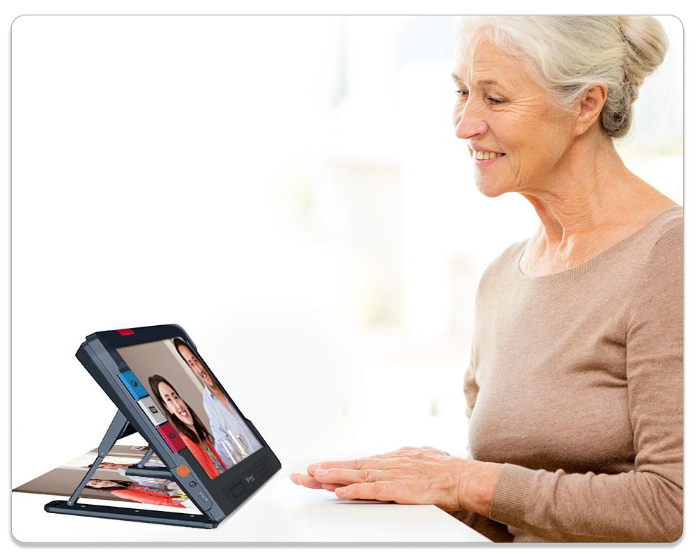 Ruby 10 showing senior viewing photos